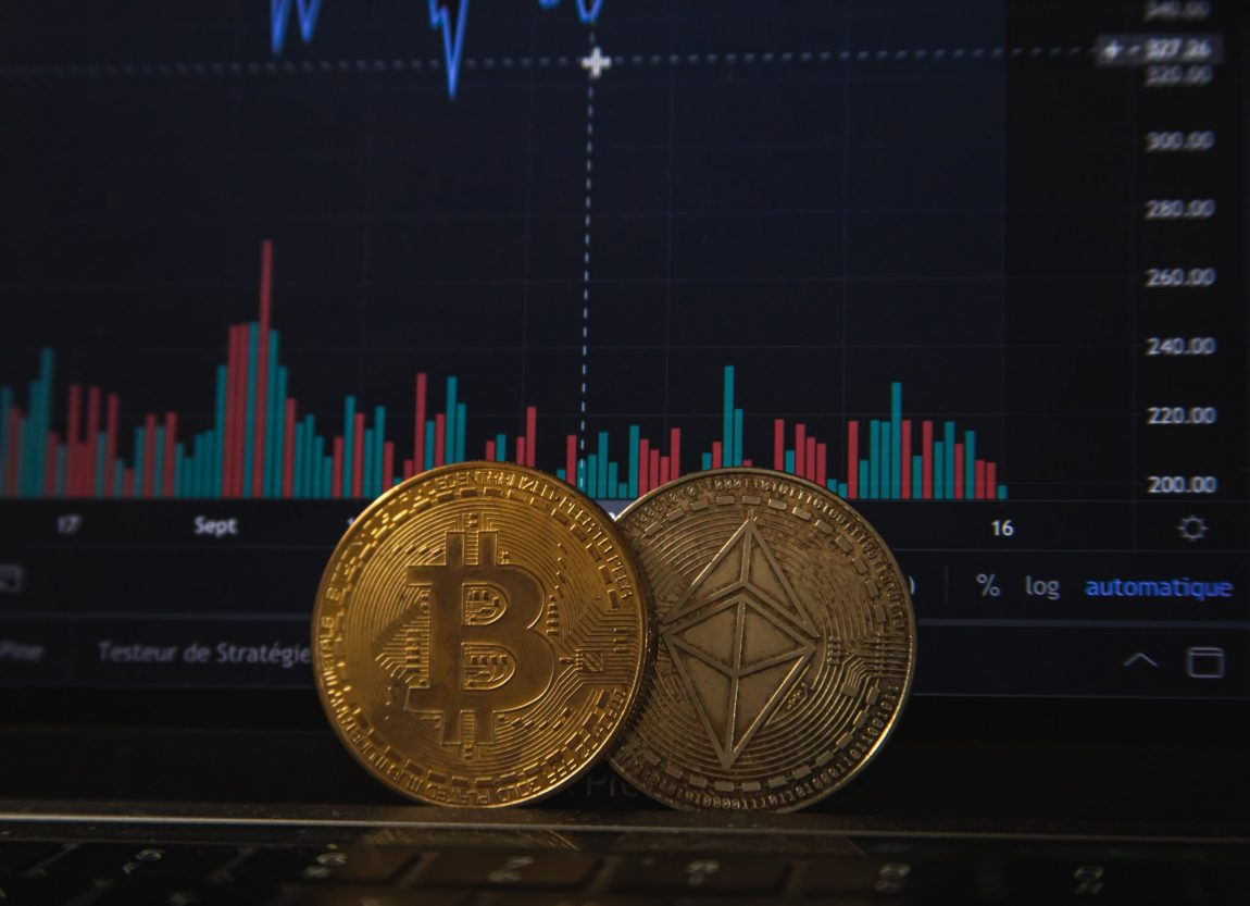 Braden Perry Highlighted in Blockworks Article on Coinbase's Pre-IPO Valuation and Regulatory Uncertainty
